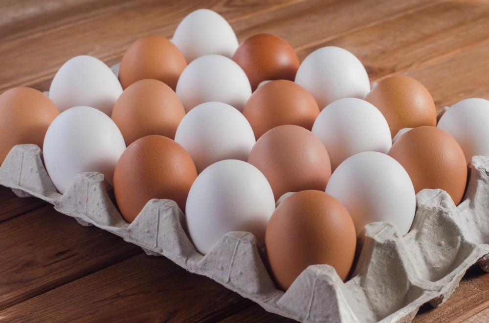 White & Brown Eggs 12 Pices